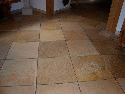 Naturstein Rechenauer Bodenfliesen Treppen Eingang Küche Bad Wand Mauer Natursteinboden Gneis Granit