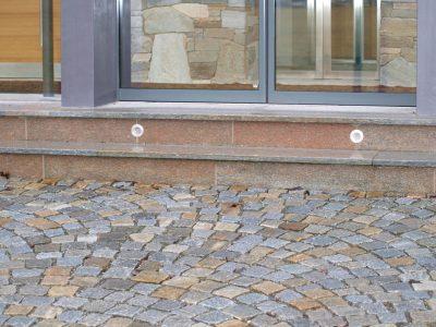 Naturstein Rechenauer Garten Terrasse Einfassung Eingang Gneis Granit Kalkstein Haus Kopfsteinpflaster